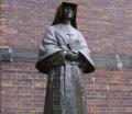 12-Estatua en el patio del convento